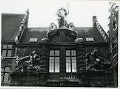 Gent: Sint Veerleplein 5: Gevelbeelden