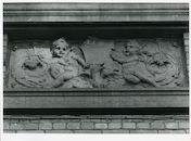Gent: Twaalfkameren 45-47: Beeldhouwwerk