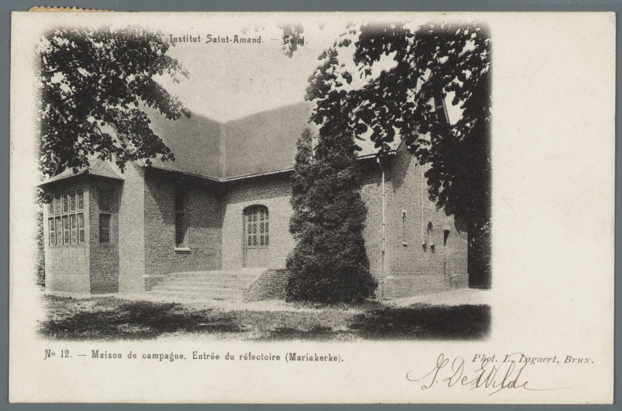 Mariakerke (bij Gent): buitenverblijf van het Sint-Amandsinstituut: ingang van de refter (eetzaal)