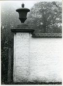 Sint-Denijs-Westrem: Steenaardestraat: Beeldhouwwerk
