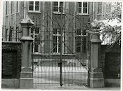 Gent, Hofbouwlaan 15: Smeedijzeren hekken