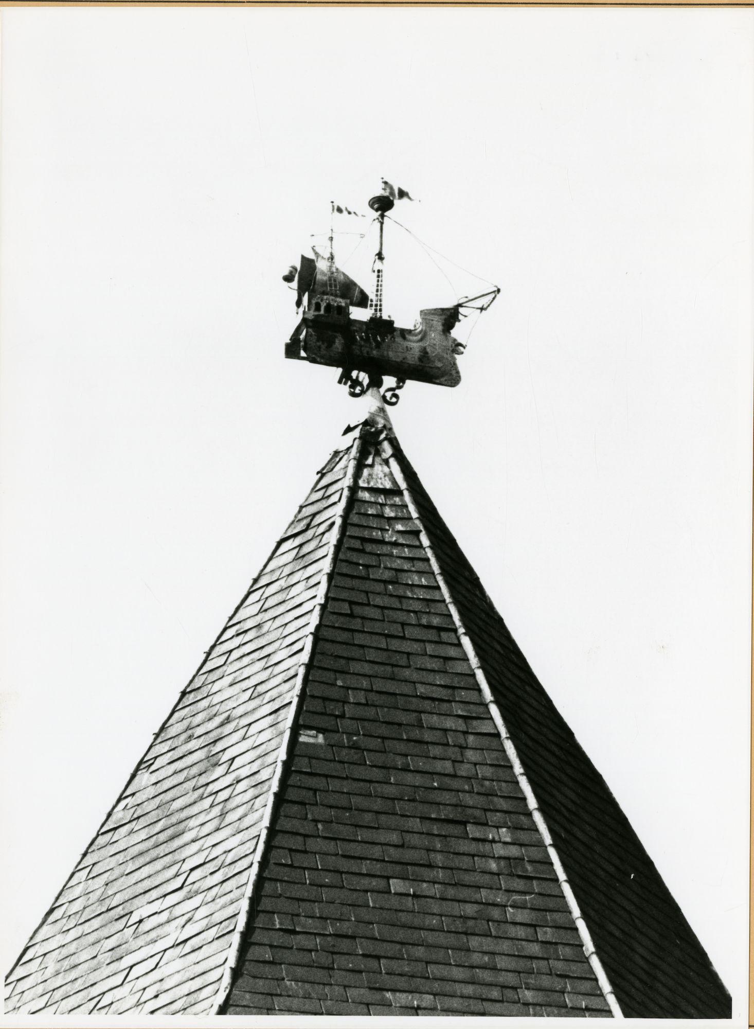 Gent: Congreslaan 2: windwijzer, 1979