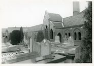 Mariakerke: Mariakerkeplein: Onze-Lieve-Vrouwkerk en kerkhof