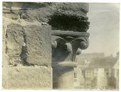 Gent: Gravensteen, détail kapiteel kant romaanse gallerij