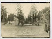 Gent: Citadellaan (nu: Charles de Kerckhovelaan, gezicht op het standbeeld Leie en Schelde van Jacques De Lalaing, 1915-1916