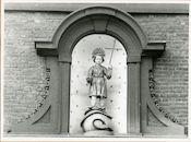 Gent: Kortrijksepoortstraat 158: Gevelbeeld, 1979