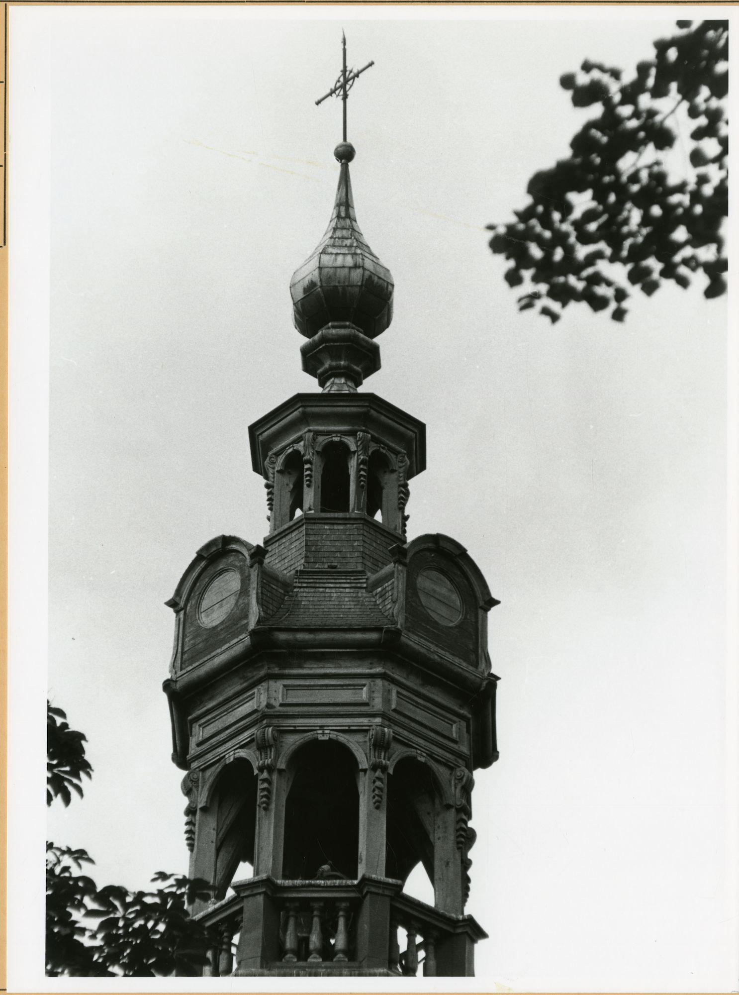 Gent: Begijnhofdries: Sint-Elisabethkerk: kerktoren