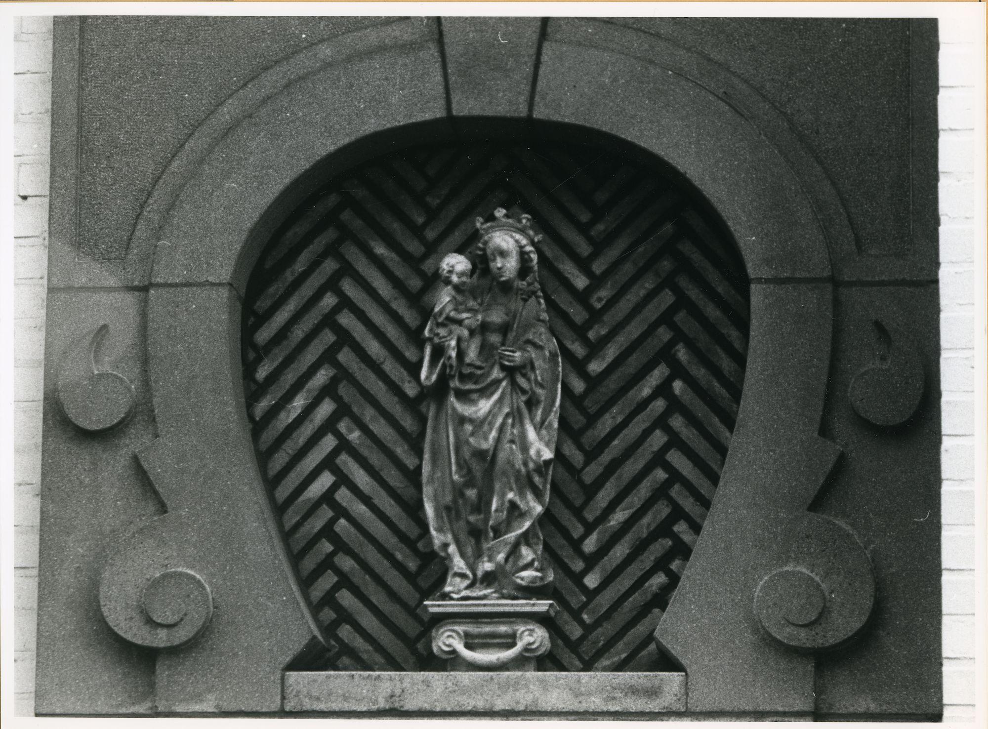 Mariakerke: Tussen Heirwegen 1: Gevelbeeld, 1979