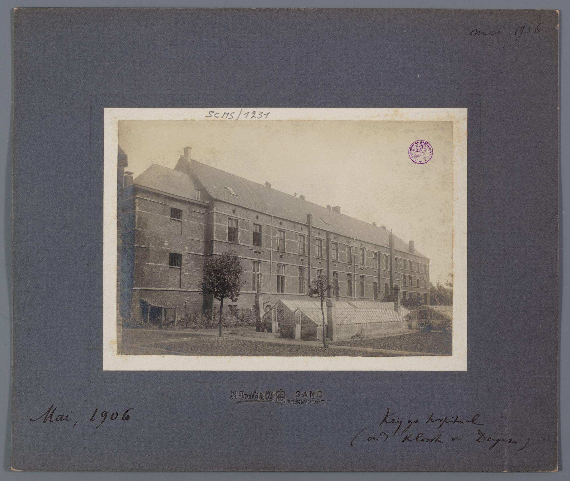 Gent: Militair hospitaal of Krijgsgasthuis (oud Klooster van Deinze), Ekkergemstraat