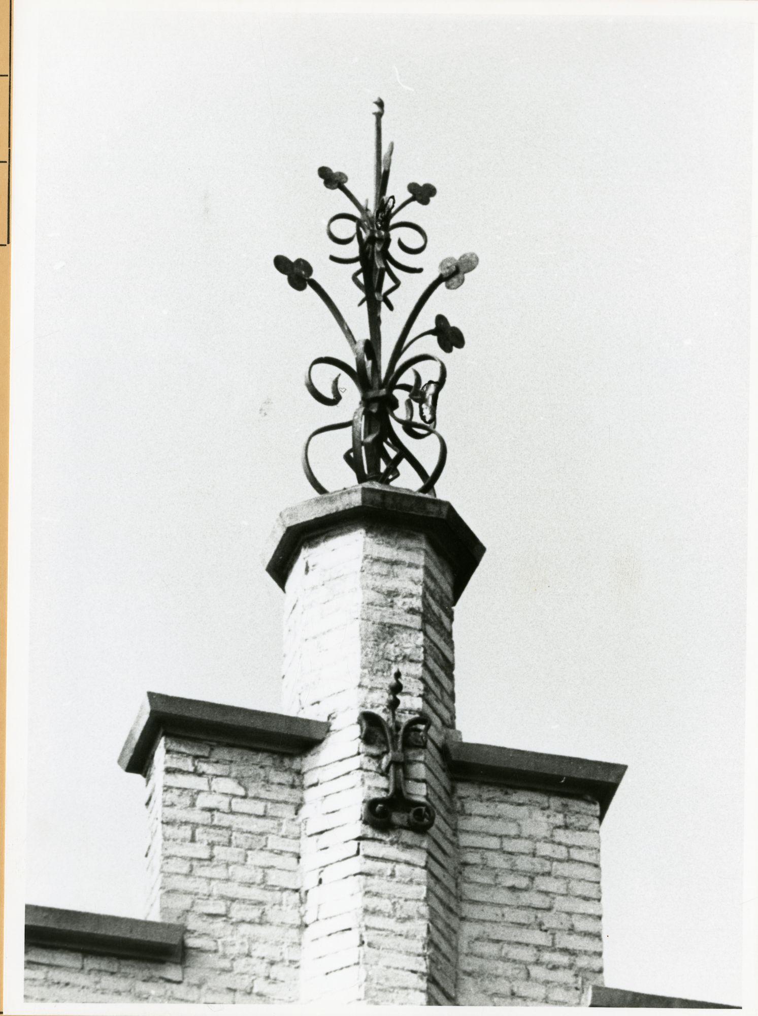 Gent: Martelaarslaan 413: Nokversiering, 1979