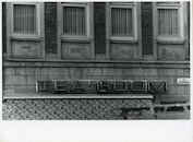 Gent: Vrijdagmarkt 59: Beeldhouwwerk, 1979