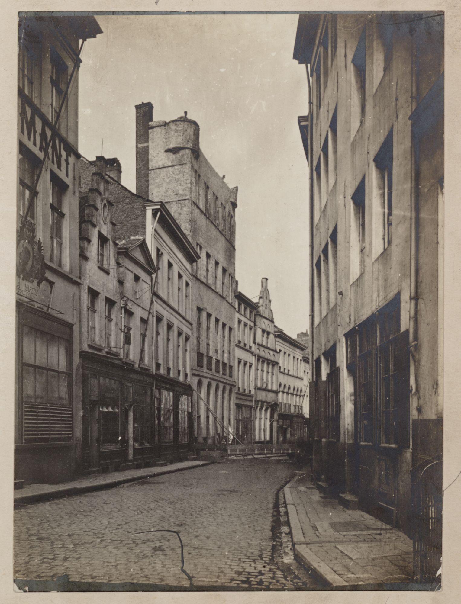 Gent: Koestraat: de Grote Ameede, vóór de afbraak in 1872