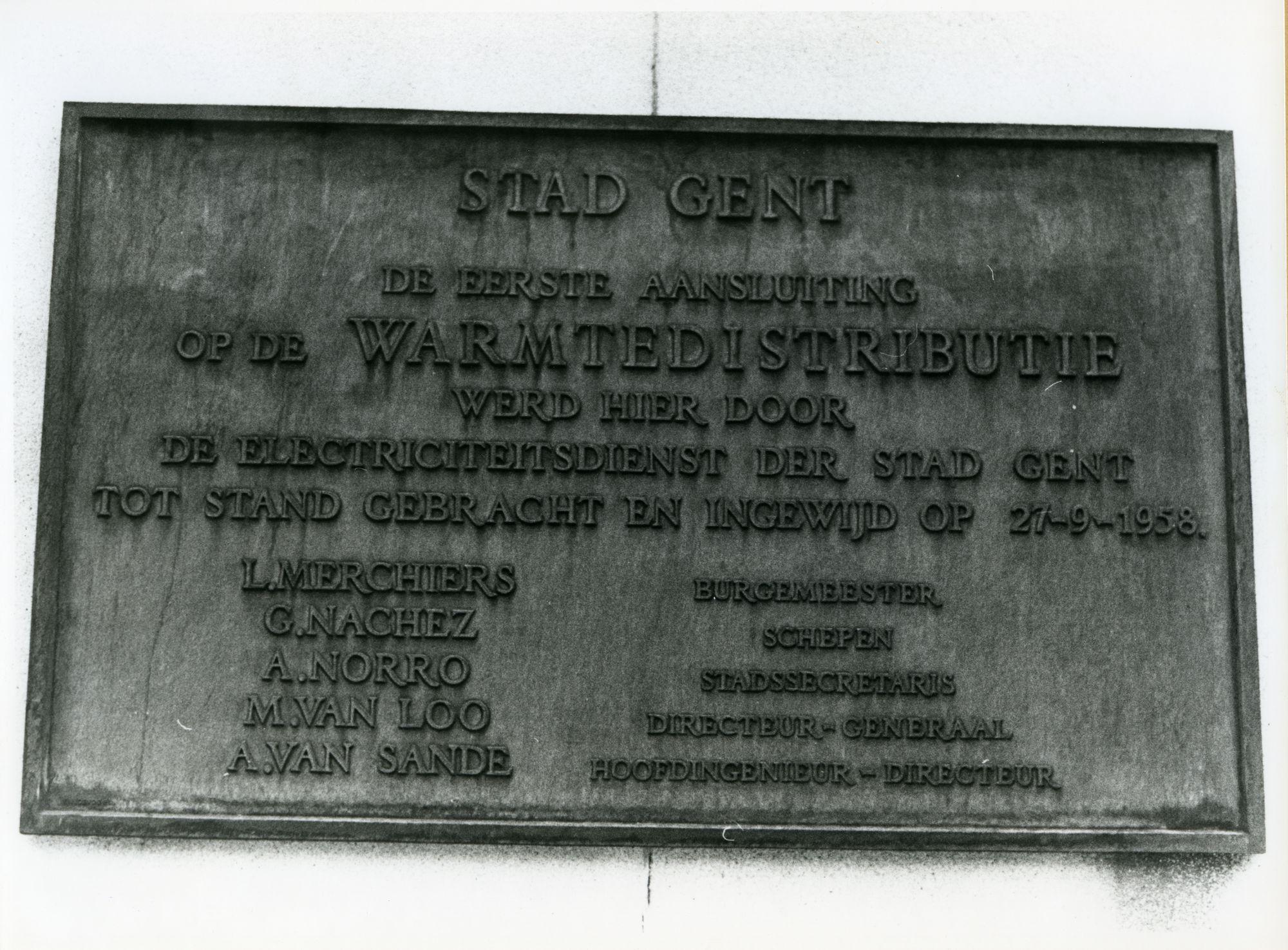 Gent: Sint Vincentiusplein: Gedenkplaat