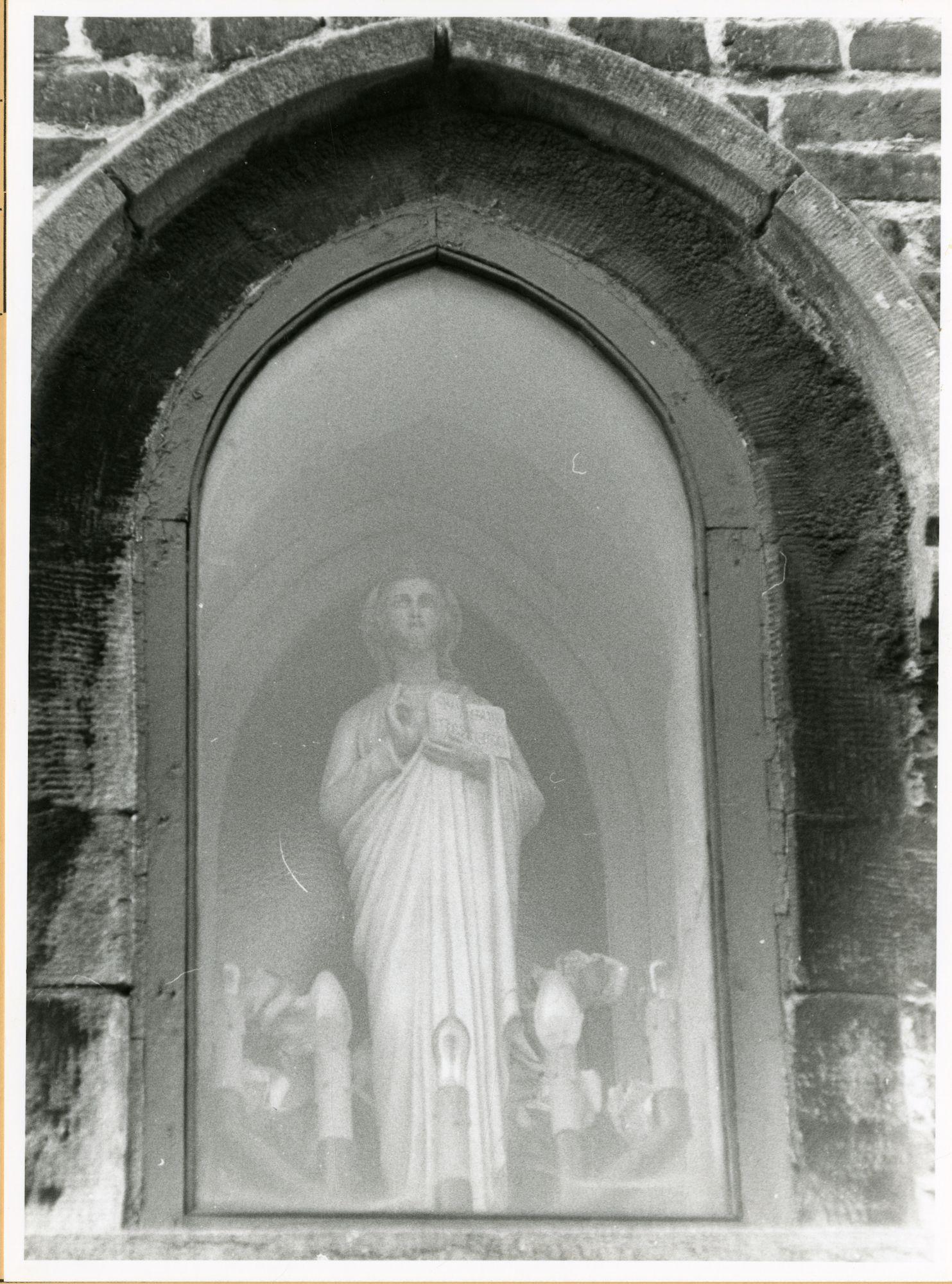 Gent: Bij St-Jozef: St-Jozefkerk: niskapel: Jezus Christus, 1979