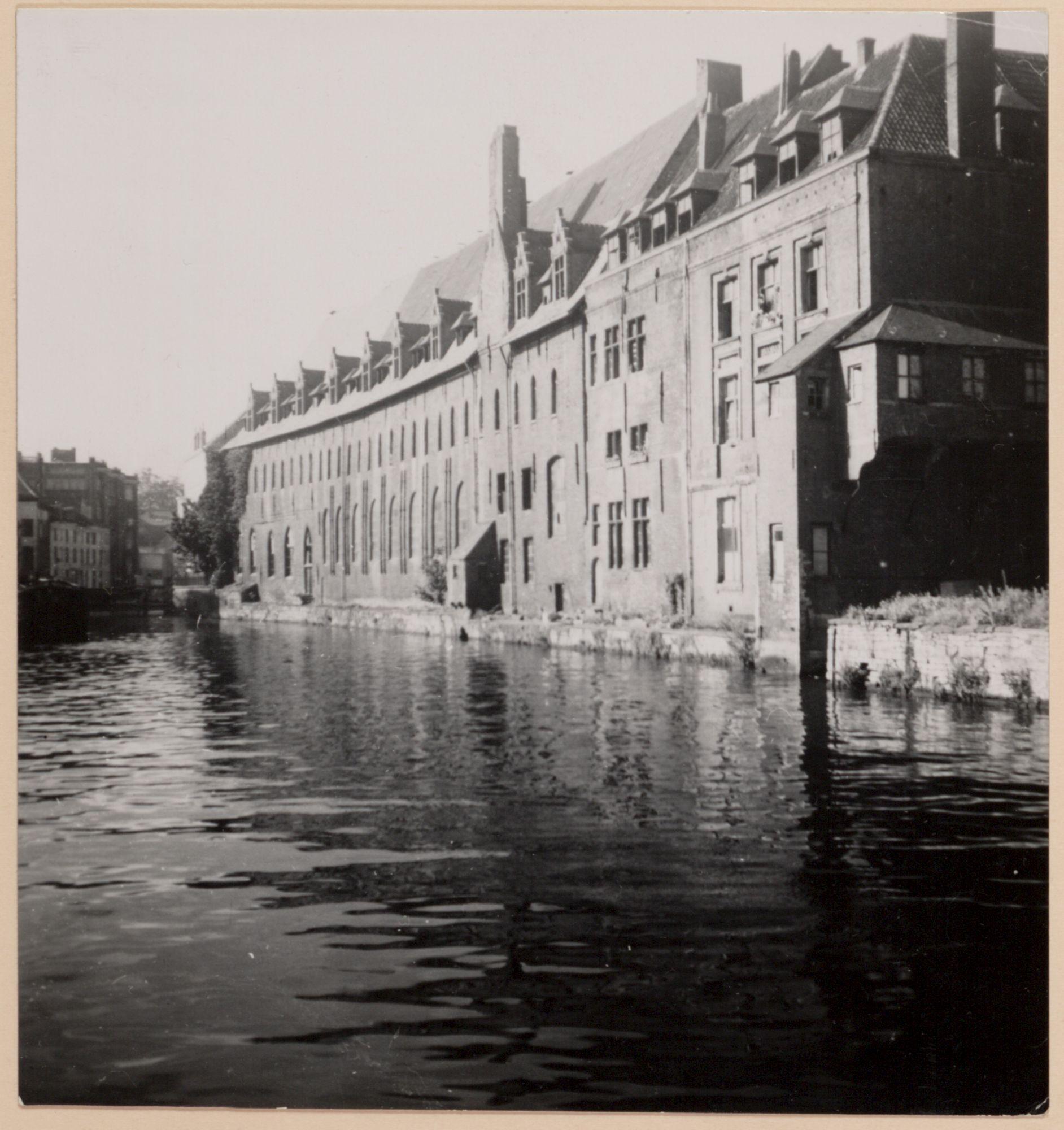 Gent: Dominicanenklooster, Predikherenlei