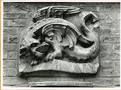 Gent: Gewad 1: gevelsteen: gevleugelde draak