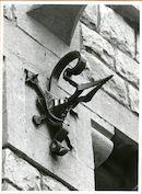 Gent: Charles de Kerchovelaan: Leopoldskazerne: gevelanker, 1979