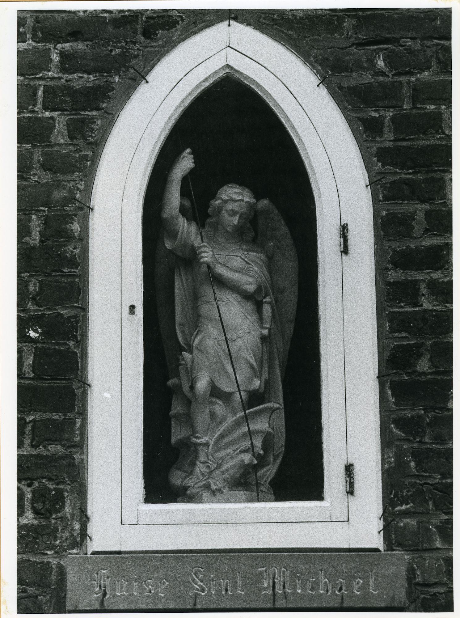 Sint-Amandsberg:Begijnhof 85: Niskapel