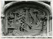 Gent: Graslei 14: Vrije Schippershuis: reliëf: karveel