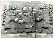 Gent: Gouvernementstraat: Provinciehuis: reliëf: wapenschild, 1979