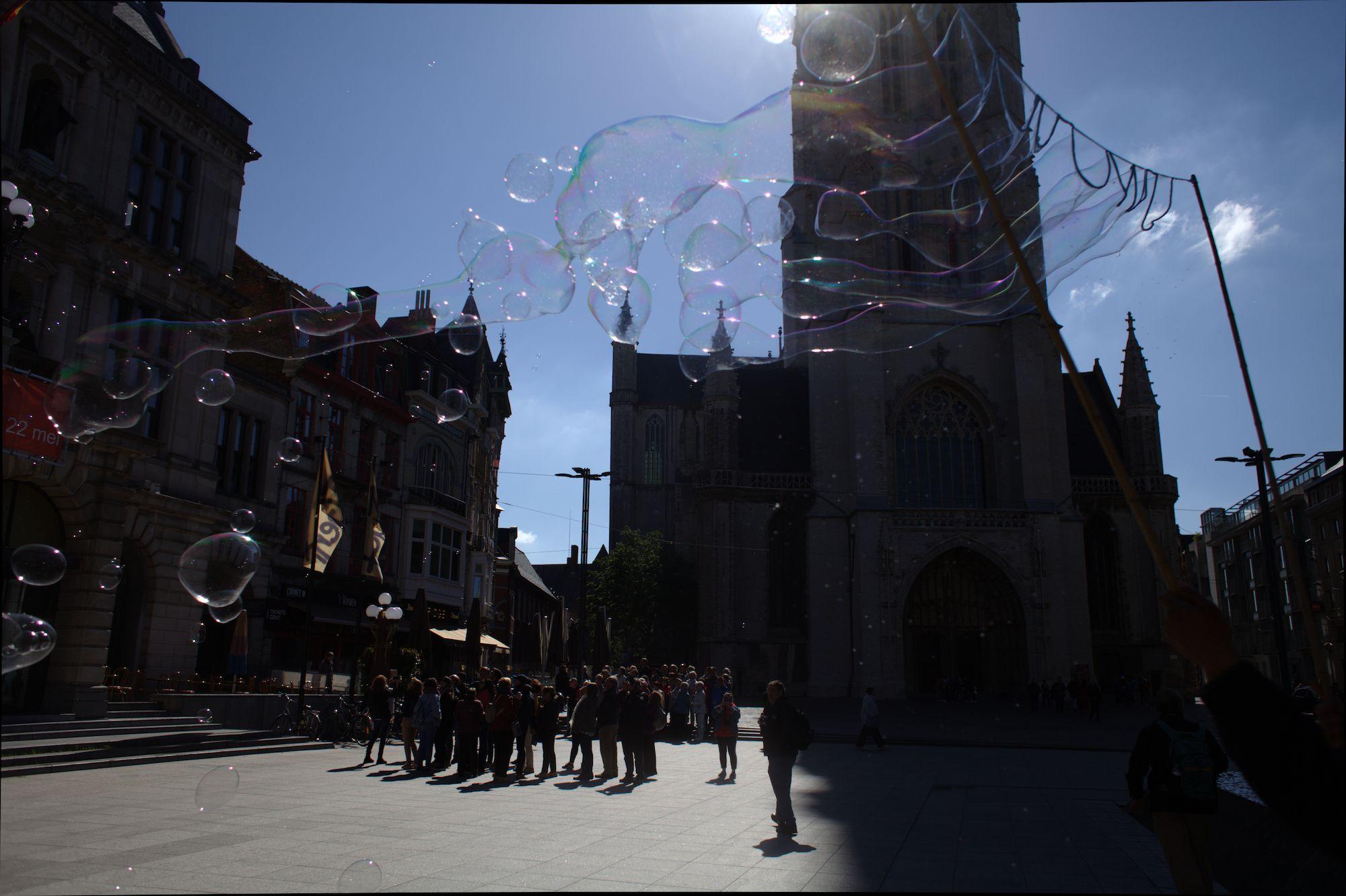 2019-05-14 Stad Gent_St Baafsplein Belfort Zeepbellen_IMG_9825.CR2