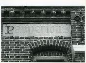 Drongen: Kloosterstraat 6: Beeldhouwwerk, 1979