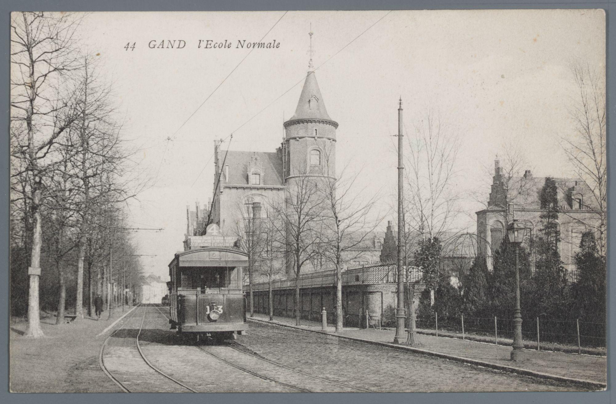 Gent: Hofbouwlaan: Normaalschool en tram 4