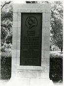 Gent: Louis Pasteurlaan: Gedenkplaat, 1979