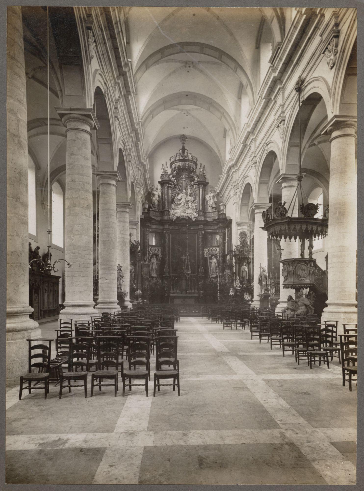 Gent: Kerk van de paters Ongeschoeide Karmelieten, Burgstraat.