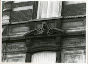 Gent: Limburgstraat 16-20: Buste, 1980