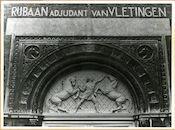Gent: Lange Violettenstraat 271: Beeldhouwwerk, 1979