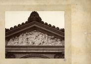 Gent: Westerbegraafplaats, Fronton in het toegangsportaal, werk van beeldhouwer Benoit Wante