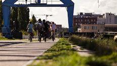 Wijk 10 Oude Nieuwe Dokken 2020-09-08 Schipperskaai wandelaars Fietsers