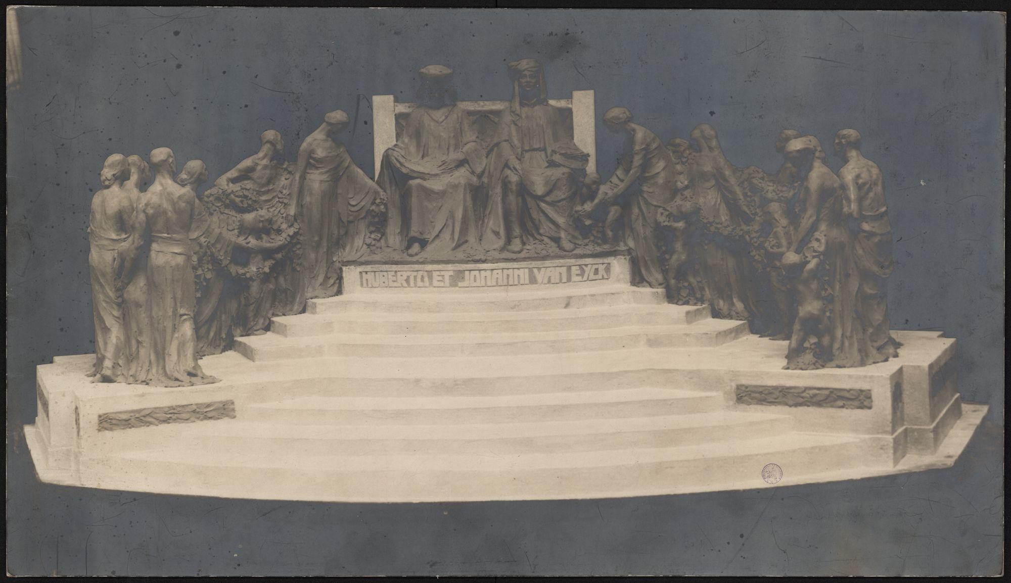 Gent: Maquette standbeeld gebroeders Van Eyck