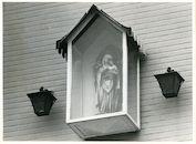 St.-Amandsberg: Bouwmeestersstraat 44: Gevelkapel, 1979