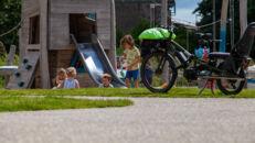 20210817_Oude Dokken_Houtdok_Openbaar Domein_Zitbanken_groen_wandelaars_fietsers_0039.jpg
