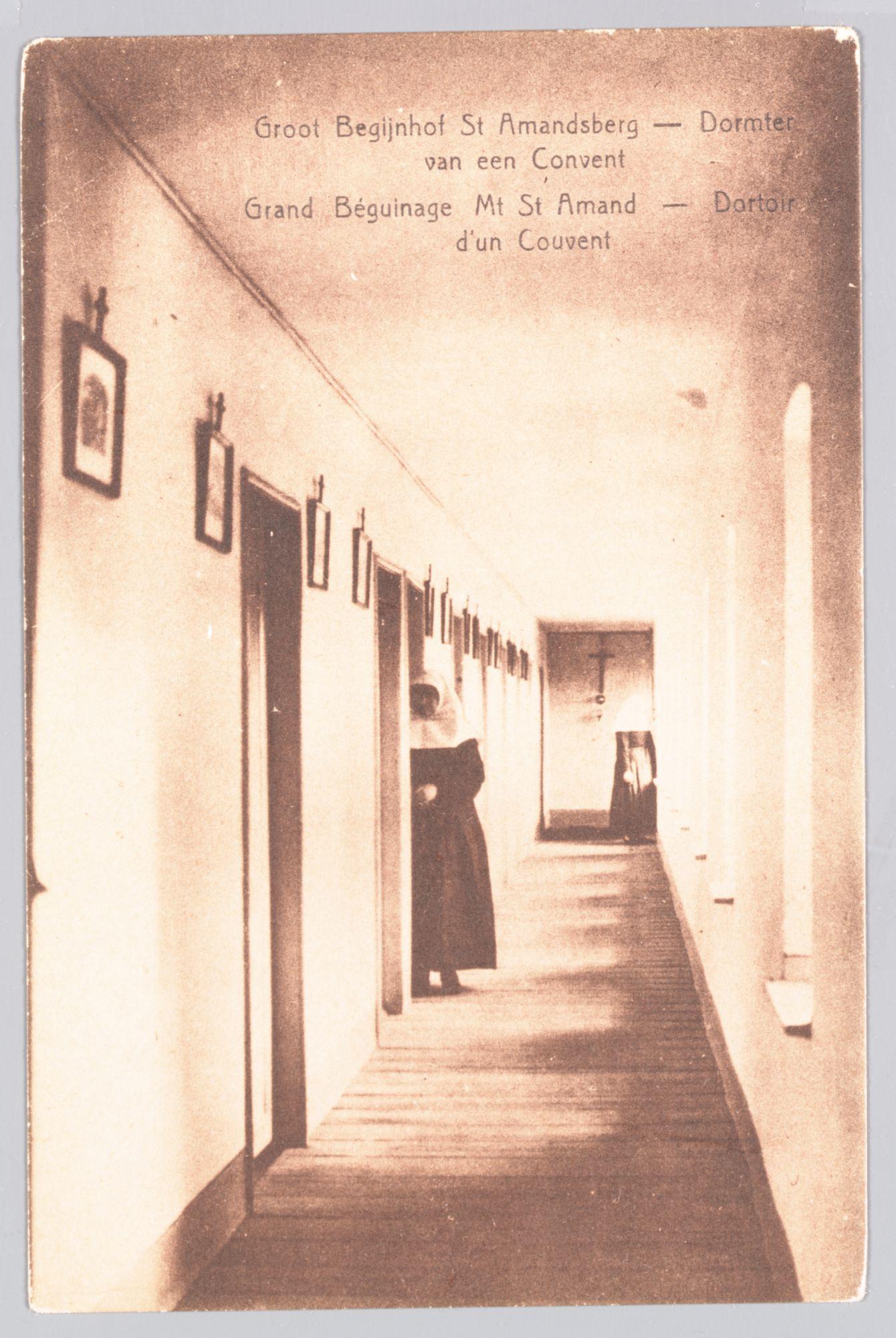 Sint-Amandsberg: Groot Begijnhof: slaapkamers in een convent