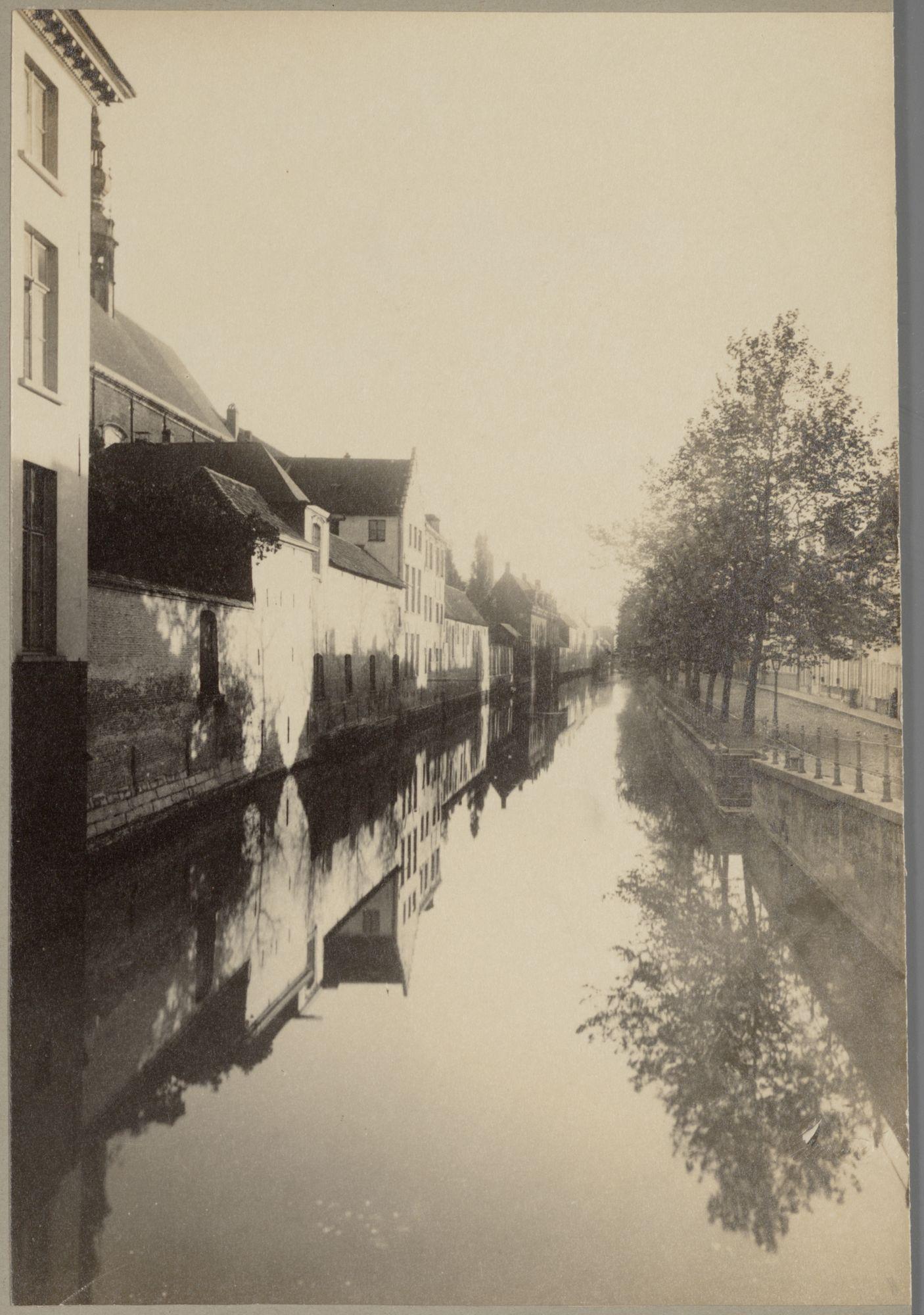 Gent: Oude Houtlei voor de demping, gezien vanaf de Torenbrug
