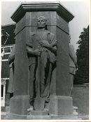 Sint-Amandsberg: Antwerpsesteenweg: Oorlogsmonument, 1979