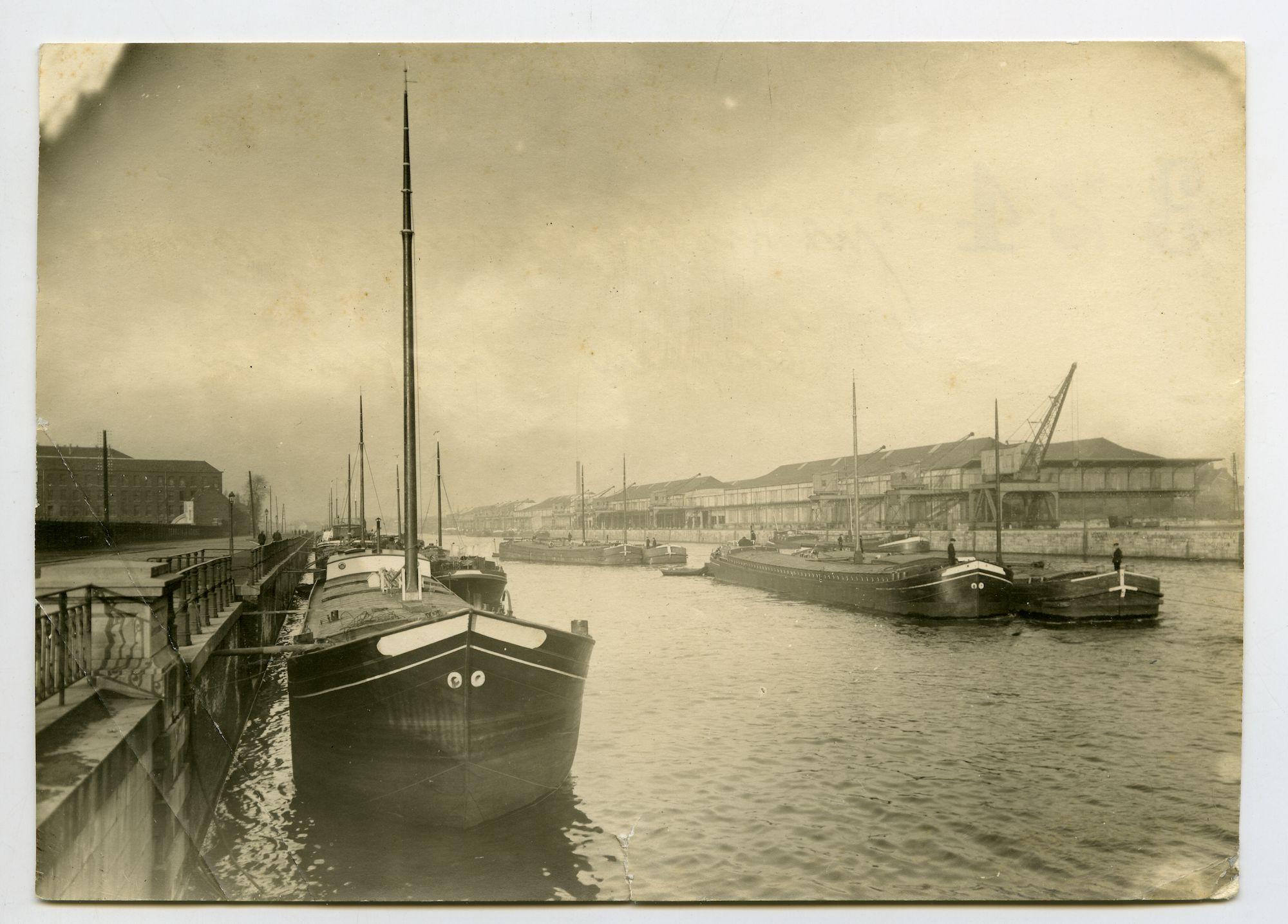 Gent: Wiedauwkaai en Voorhaven, 1915-1916