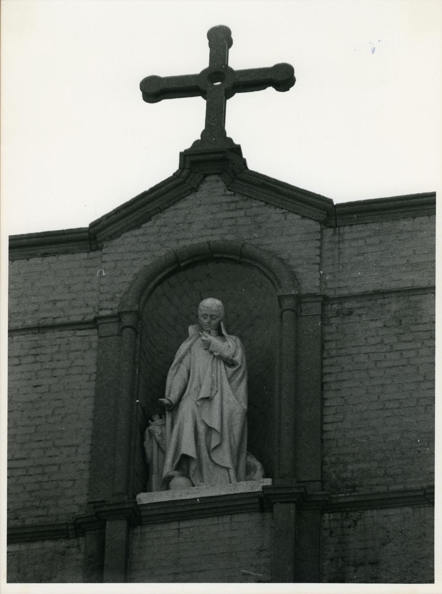 Gent: Sint Salvatorstraat 14: Gevelbeeld, 1979