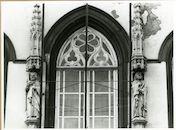 Gent: Bisdomplein: bisschoppelijk paleis: gevelbeelden