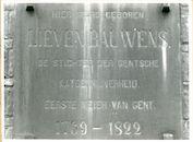 Gent: Waaistraat 1: Gedenksteen, 1979