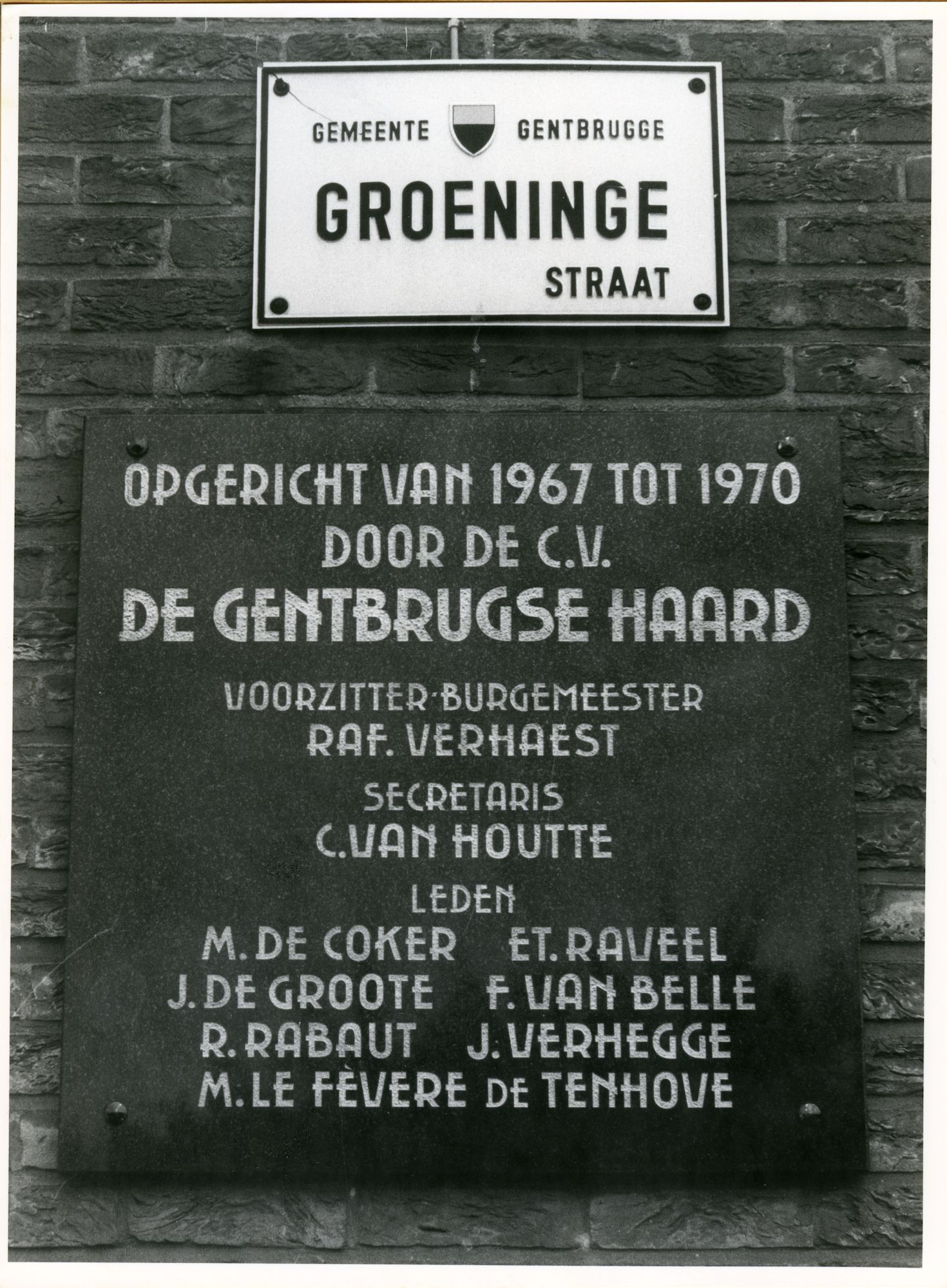 Gentbrugge: Groeningestraat 22: Gedenksteen, 1979