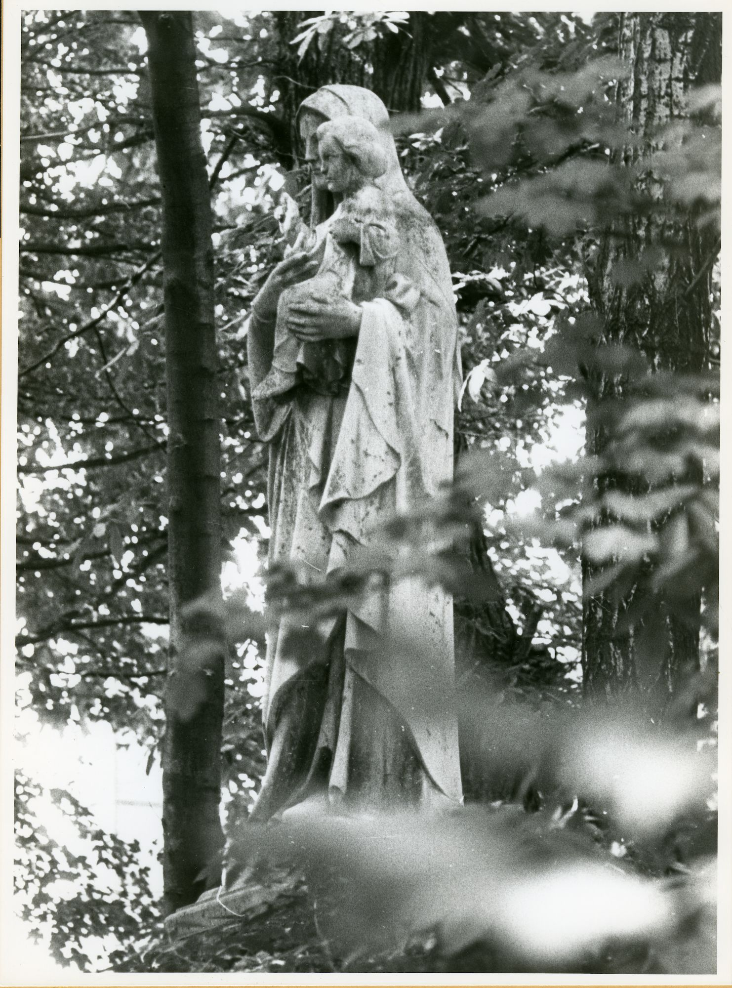 Mariakerke: Eeklostraat: Standbeeld, 1979