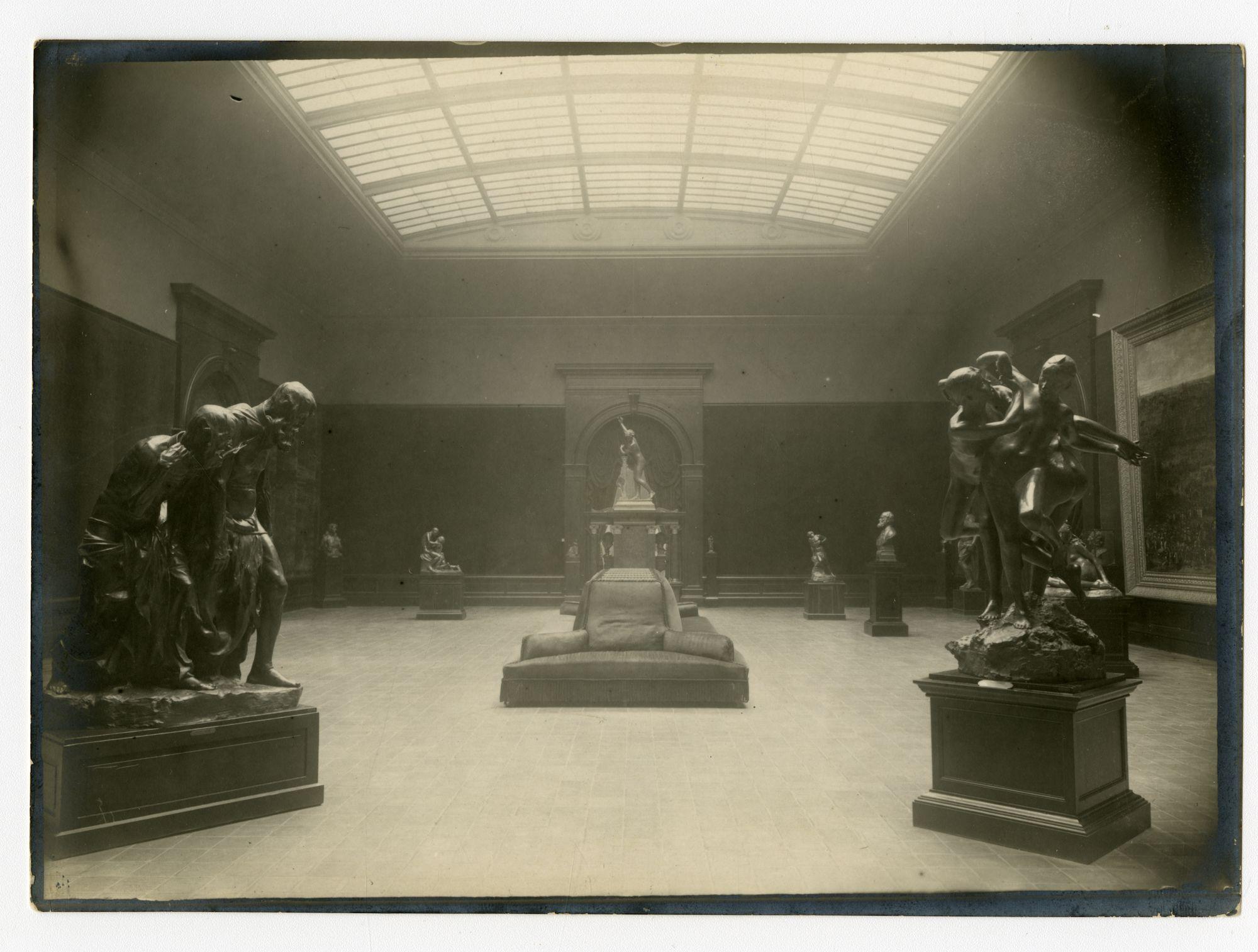 Gent: Fernand Scribedreef - Citadelpark: Museum voor Schone Kunsten (MSK), binnenzicht, 1915-1916
