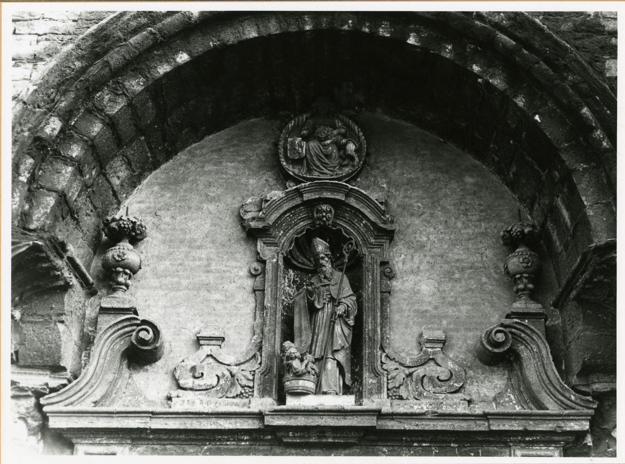 Gent: Korenmarkt: Sint-Niklaaskerk: Gevelbeeld