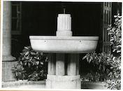 Gent: Gouvernementstraat: Provinciehuis: fontein, 1979