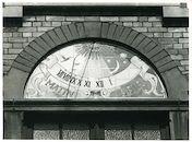 Gent: Tentoonstellingslaan 54: Zonnewijzer, 1980