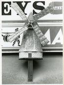 Gent: Brabantdam 130: uithangteken: molen, 1979